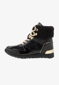 MICHAEL Michael Kors - ZIA ALLIE DONATAS - Höga sneakers - black - 1