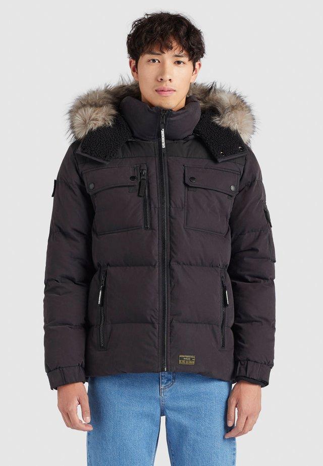 STUART - Winterjas - schwarz