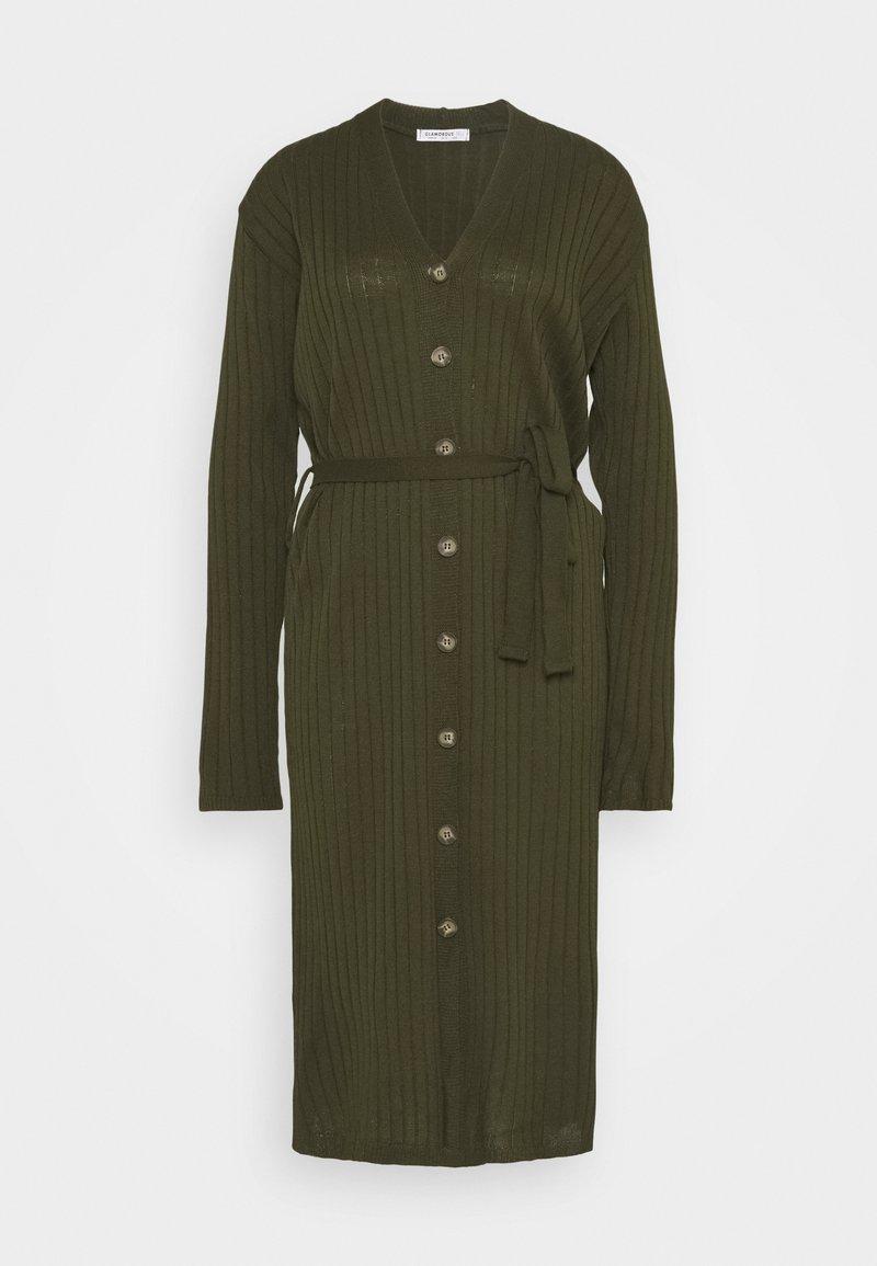 Glamorous Tall - BUTTON THROUGH DRESS WITH LOW V NECK TIE BELT AND LONG SLEEVES - Sukienka dzianinowa - khaki