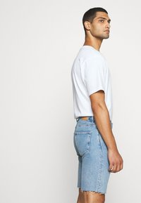 Weekday - SUNDAY  - Jeans Short / cowboy shorts - pen blue - 4