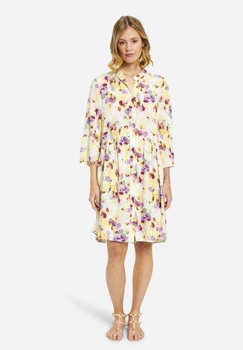 Day dress - lemon print