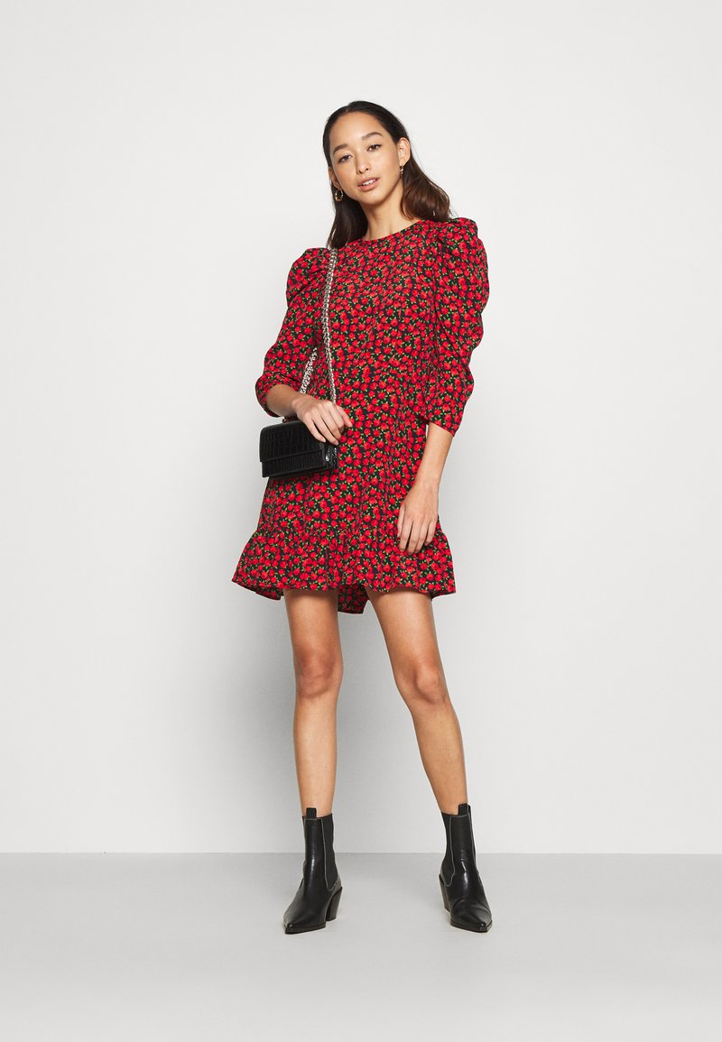 Topshop GRUNGE ROSE MINI - Freizeitkleid - red/rot KOJnpp