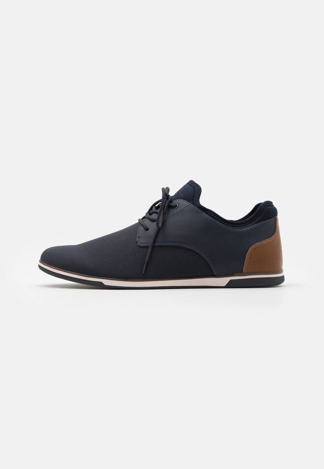 REID - Casual lace-ups - navy
