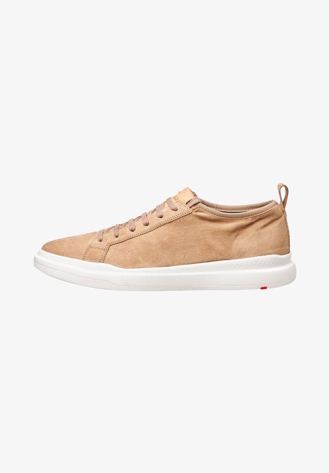 AARO - Sneakers laag - beige