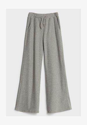MIT WEITEM BEIN UND KORDEL - Trousers - light grey