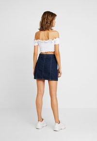 Miss Selfridge - ZIP THROUGH SKIRT - A-line skirt - blue denim - 2