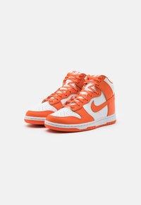 Nike Sportswear - DUNK RETRO - High-top trainers - white/orange blaze - 1
