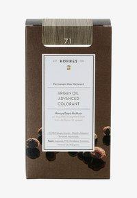 Korres - ARGAN OIL ADVANCED COLORANT - Hair colour - 7.1 ash blonde - 0
