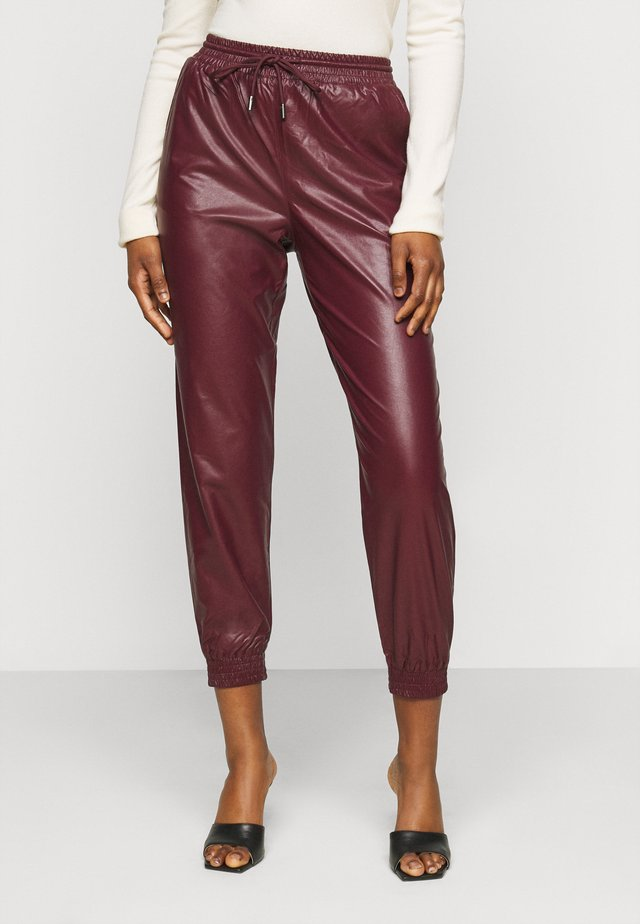 ONLMADY-CALLEE  - Trousers - port royale