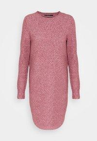 Vero Moda Tall - VMDOFFY O NECK DRESS - Pletené šaty - cabernet - 0