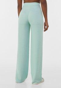 Bershka - LOOSE-FITTING WIDE-LEG - Pantaloni - blue - 2