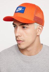 Nike Sportswear - TRUCKER - Cap - team orange - 1