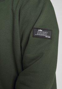 URBN SAINT - BEN - Sweater - rosin - 5