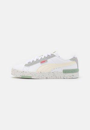 JADA BETTER - Zapatillas - white/ivory glow/paradise pink/frosty green