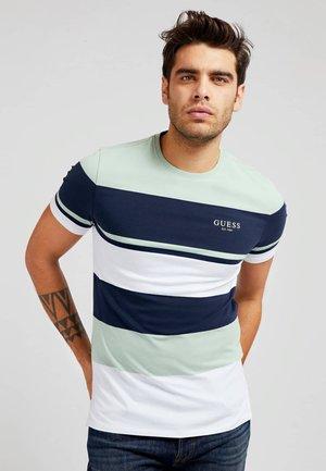 VORN STREIFENMUSTER - Print T-shirt - mehrfarbig, grundton blau