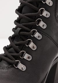 Marco Tozzi - Ankle boots - black - 2