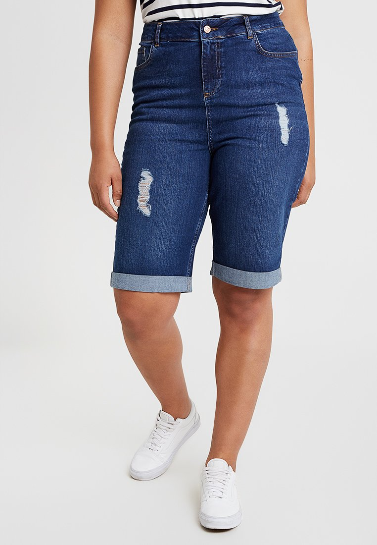New Look Curves - KNEE - Denim shorts - blue