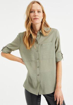 Camisa - light green