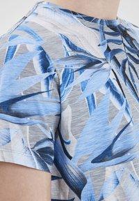 Blend - T-shirt print - chip grey - 3