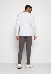 La Sportiva - CADENCE PANT - Teplákové kalhoty - grey/carbon - 2