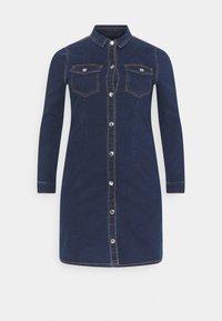 Pieces Curve - PCSILIA DRESS - Denim dress - dark blue denim - 5