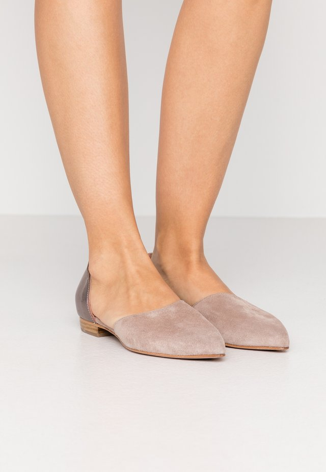 SHOW - Klassischer  Ballerina - grey rose/smoky marrakesh