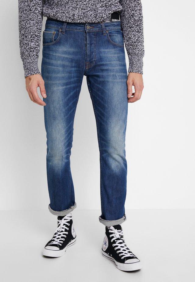 REMBRANDT SELVEDGE - Straight leg jeans - blue denim