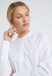 By Malene Birger - MICKI - Button-down blouse - pure white - 3