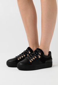 ONLY SHOES - ONLSTELLA  - Sneakers laag - black - 0