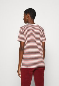 Selected Femme - SLFMY PERFECT TEE BOX CUT - Print T-shirt - red - 2