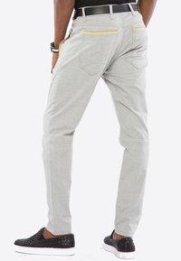 Cipo & Baxx - MIT ZIERNÄHTE - Trousers - grey - 6