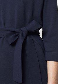 Marella - SESTRI - Pletené šaty - oceano/bianco - 4