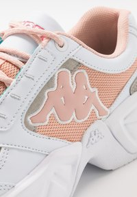 Kappa - KRYPTON - Sports shoes - white/darkrosé - 5