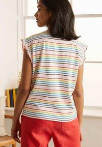 Boden - Print T-shirt - regenbogenfarben - 2