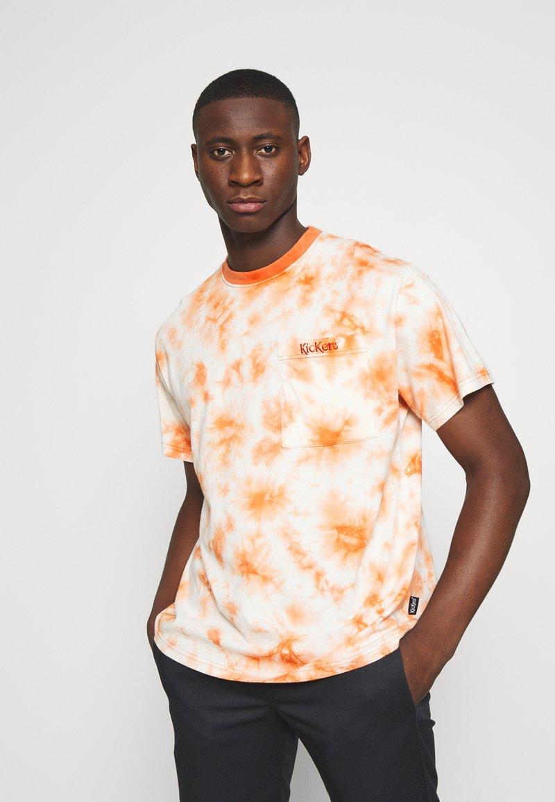 Kickers Classics - TWO TONE TEE - T-shirt z nadrukiem - orange