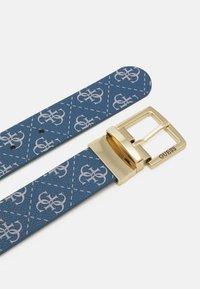 Guess - TYREN PANT BELT - Belt - blue - 2