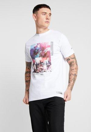 SNARE TEE - T-shirt med print - white