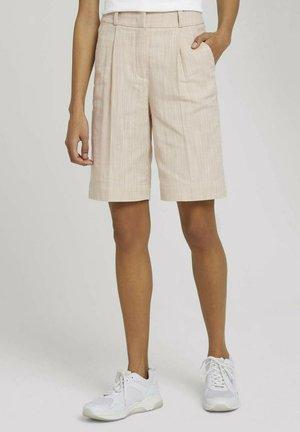 Shorts - sand white twill