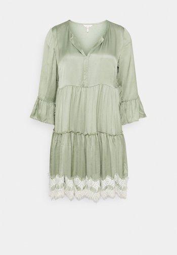 DRESS - Vapaa-ajan mekko - light green