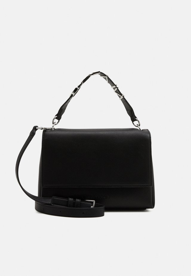 FLAP SHOULDER BAG - Sac à main - black