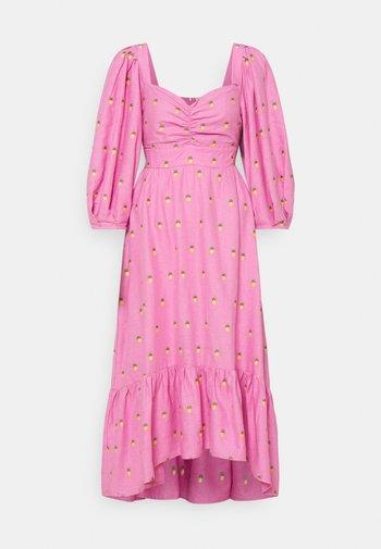 EMBROIDERED PINEAPPLES MIDI DRESS - Vestito estivo - pink