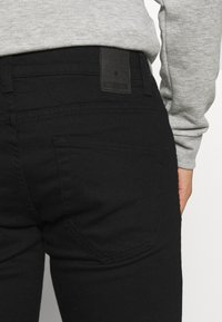 Only & Sons - ONSWARP LIFE  - Jeans Skinny Fit - black - 4