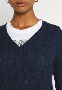 Hollister Co. - ICON CABLE V NECK - Jumper - navy - 5
