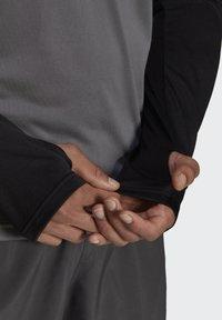adidas Performance - OWN THE 1/2 RESPONSE PRIMEGREEN RUNNING PULLOVER SWEATSHIRT - Sweatshirt - grey - 4
