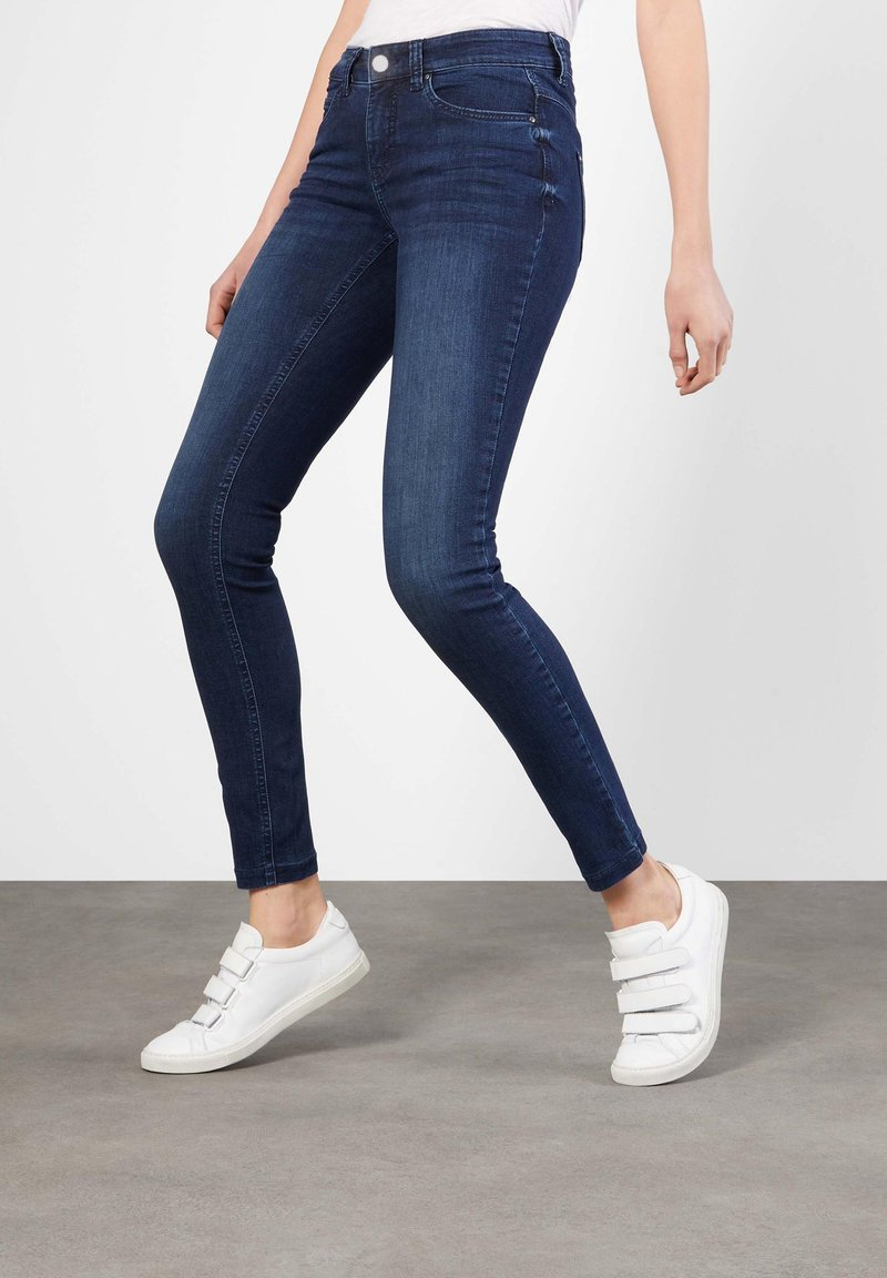 MAC Jeans - DREAM SKINNY - Jeans Skinny Fit - basic slight used blue