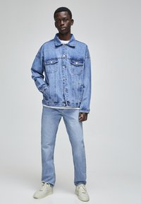 PULL&BEAR - Džíny Straight Fit - blue