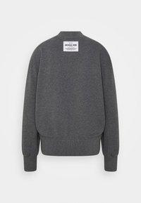 Marc O'Polo - OVERSIZED, LONG SLEEVE, HIGH NECK, PLACED PRINT - Sweatshirt - middle stone melange - 1