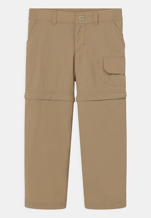 SILVER RIDGE CONVERTIBLE 2 IN-1 UNISEX - Pantalons outdoor - british tan