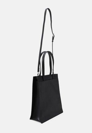 NEW CONDUCTOR TOTE - Velká kabelka - black
