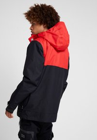 DC Shoes - DEFY  - Snowboard jacket - racing red - 2